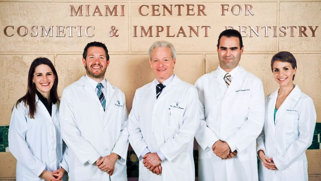 Miami Center for Cosmetic Dentistry & Implants Team Photo